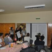 Úrhida Café beszélgetés a fiatalokról